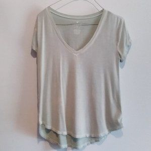 American Eagle Outfitters V-Neck Tee
